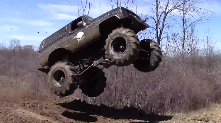 The Punisher Chevrolet Blazer Gets Serious Air At The Bridge Mud Bog