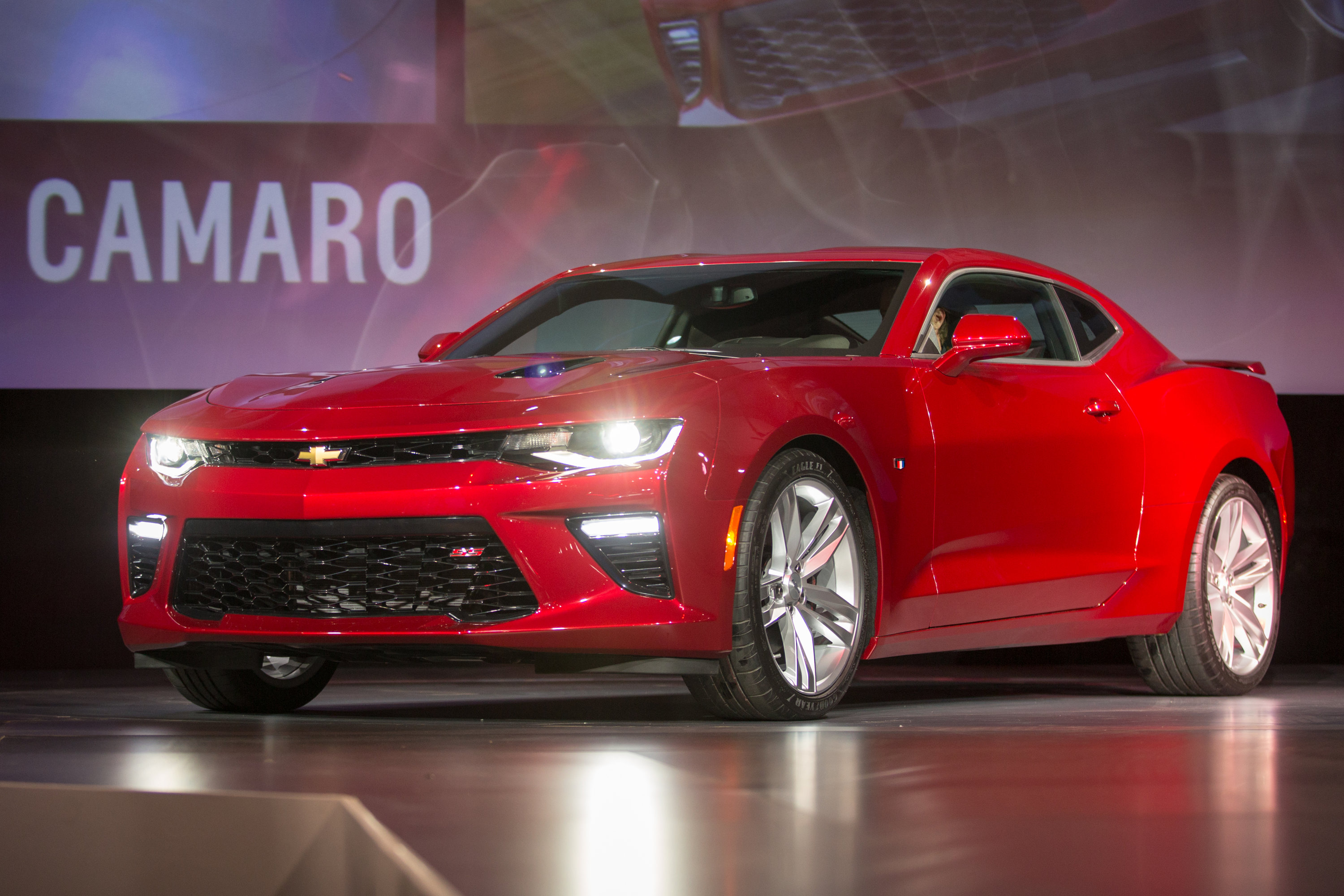 2016 Camaro revealed with more power, less weight - ChevyTV