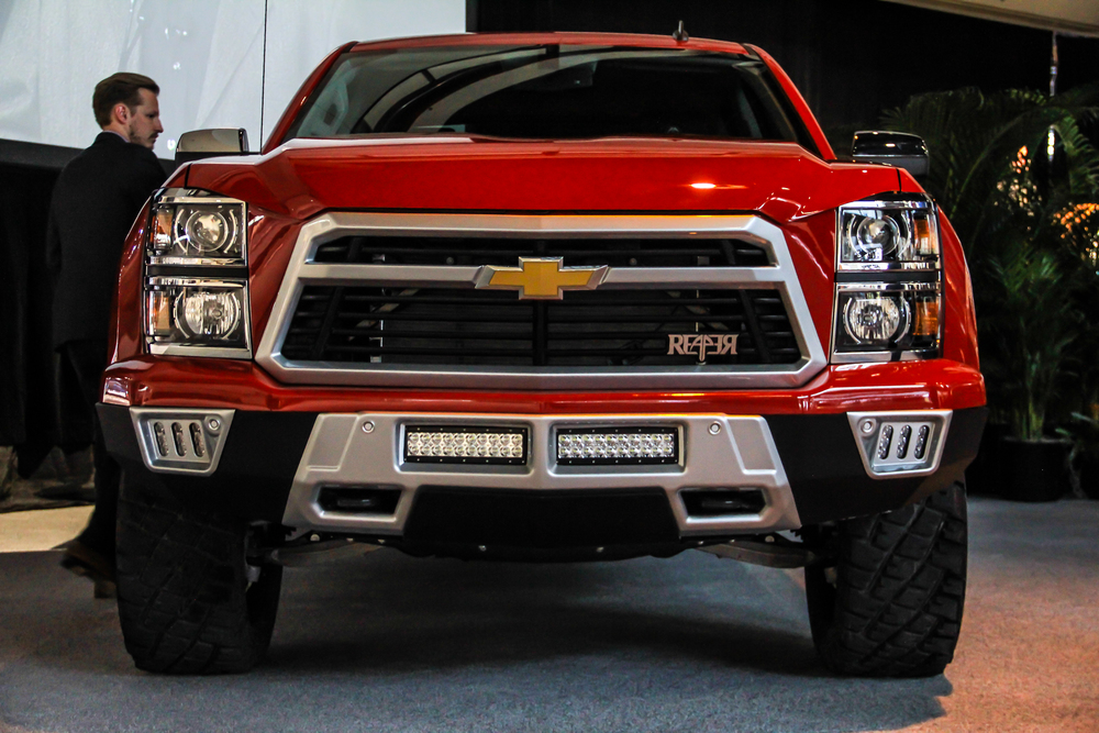 Black Widow Chevy >> Lingenfelter's Chevy Silverado Reaper faces the Black Widow - ChevyTV