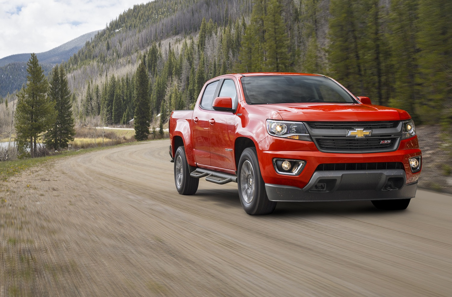 2016 chevrolet colorado duramax diesel revealed chevytv. Black Bedroom Furniture Sets. Home Design Ideas