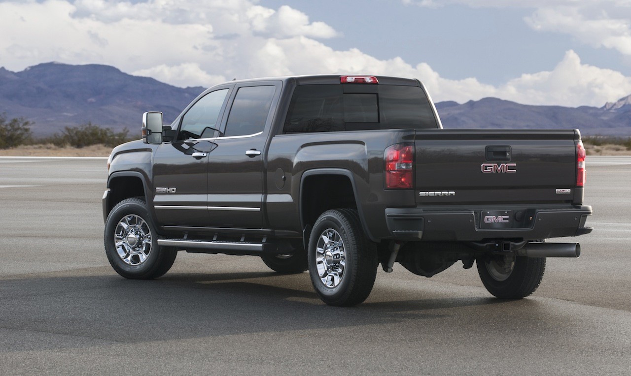 2016 gmc sierra hd lineup offers new advanced technologies chevytv. Black Bedroom Furniture Sets. Home Design Ideas