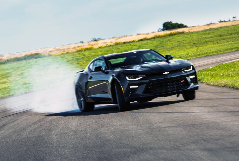 2016 Camaro SS gets proper thrashing at Gingerman - ChevyTV