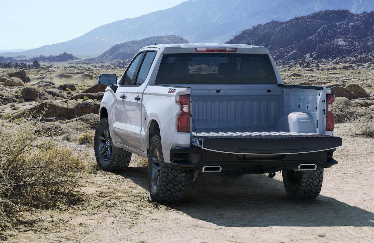 2019 Chevrolet Silverado 1500 Gets An I6 Diesel Sheds 450 Lbs