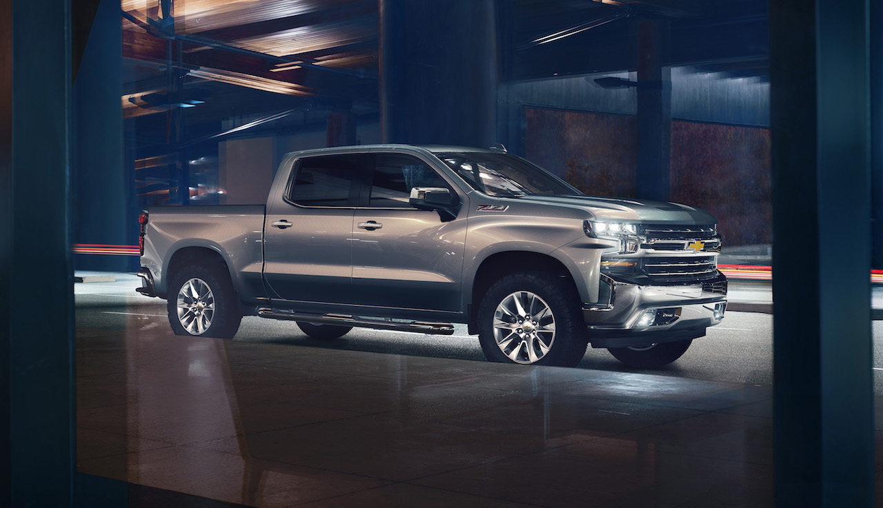 2019 Chevrolet Silverado 1500 Gets an I6 Diesel, sheds 450 Lbs