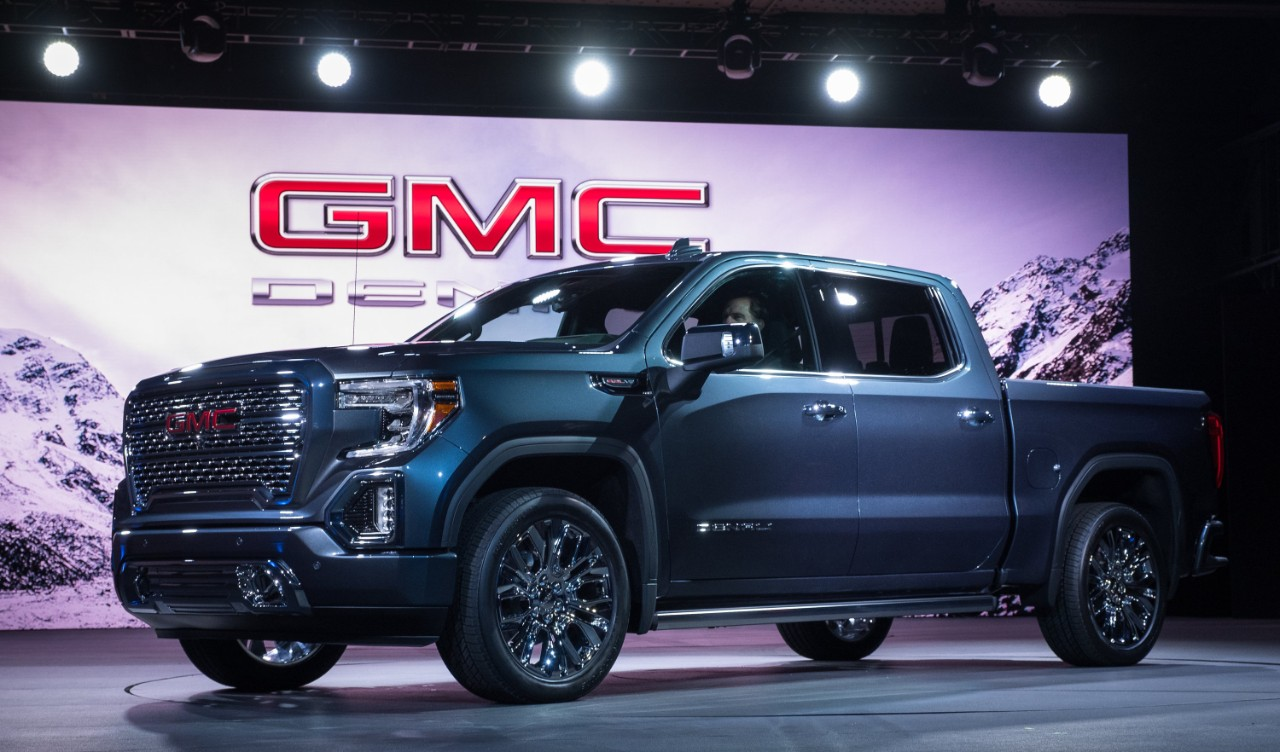 2017 Gmc Colorado Denali >> Everything you need to know about the 2019 GMC Sierra