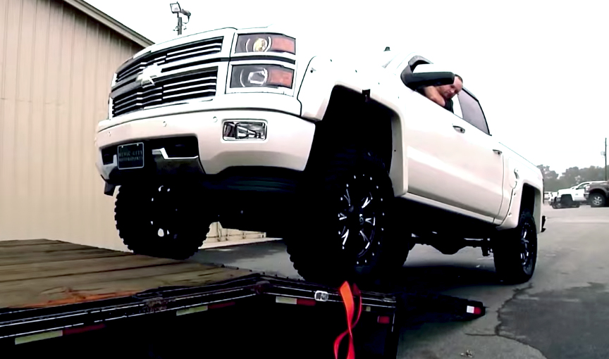 Jason Aldean Gets A Special Delivery From Rocky Ridge Trucks Chevytv