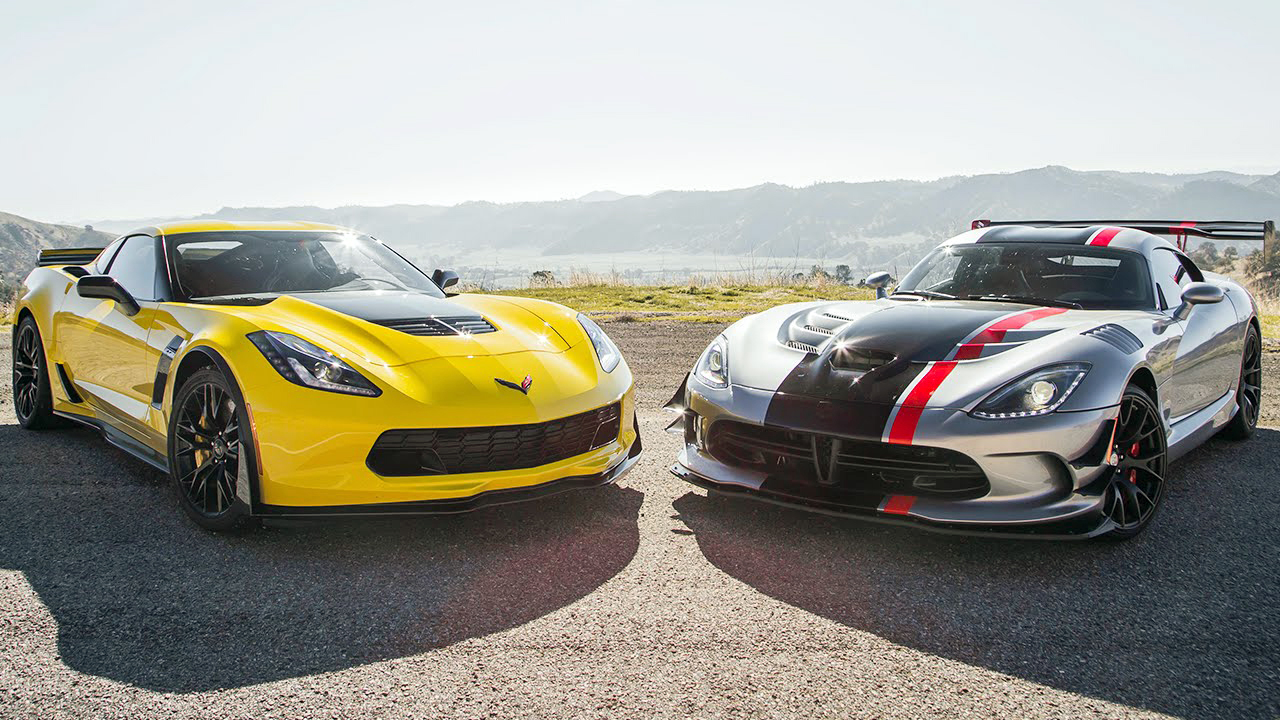 corvette z06 sqaures off against dodge viper acr